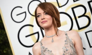 Actress Emma Stone arrives at the 74th annual Golden Globe Awards, January 8, 2017, at the Beverly Hilton Hotel in Beverly Hills, California. / AFP PHOTO / VALERIE MACONVALERIE MACON/AFP/Getty Images