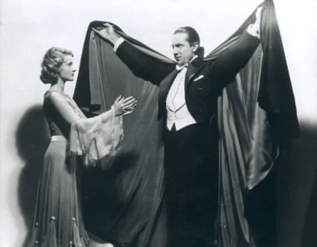 Cloak and swagger … Helen Chandler as Mina, and Bela Lugosi as Dracula, in Tod Browning's 1931 film Dracula