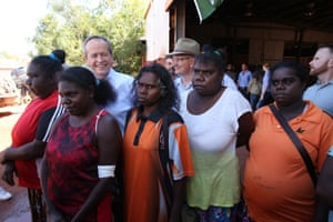 Opposition leader Bill Shorten visits Maningrida 500km east of Darwin this morning, Friday 27th May 2016.