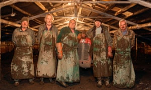 Where there's muck there's rhubarb: the men of Westwood's, Wakefield, West Yorkshire.
