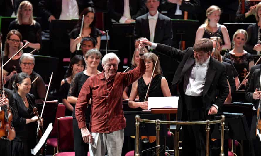 Anthony Payne, centre, with the conductor Andrew Davis at the BBC Proms in 2016.