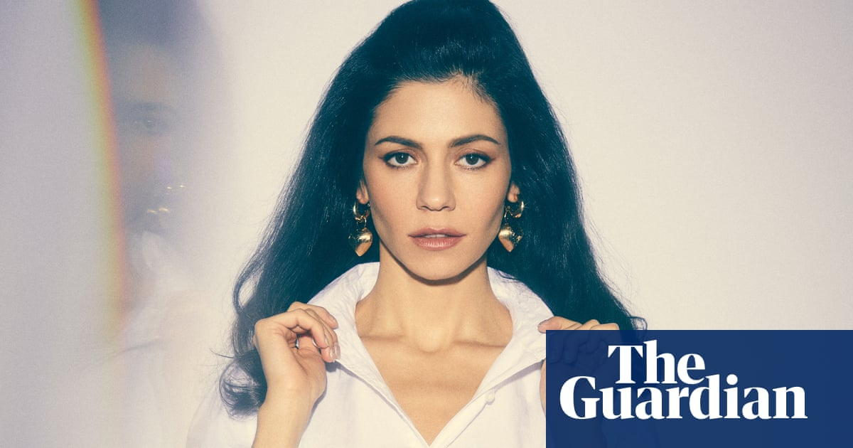 Not Exactly Paradise But It Wasnt Bad >> It S A Shame We Don T Cherish Her Marina British Pop S Nearly