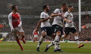 Alexis Sánchez, left, scores Arsenal's second goal.