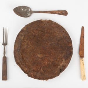 Table setting with plate, knife and fork and spoon – Hyde Park Asylum for Infirm and Destitute Women 1862–1886.