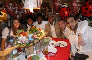 Everyone on this table seem be having fun except Kingsley Coman