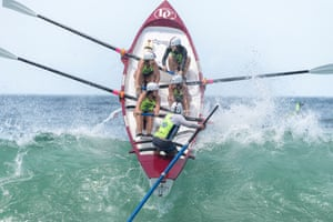The Noosa Bandits who live in Yeppoon competing in cyclonic swells at the Australian Surf Rowers League titles at Mollymook in 2020.