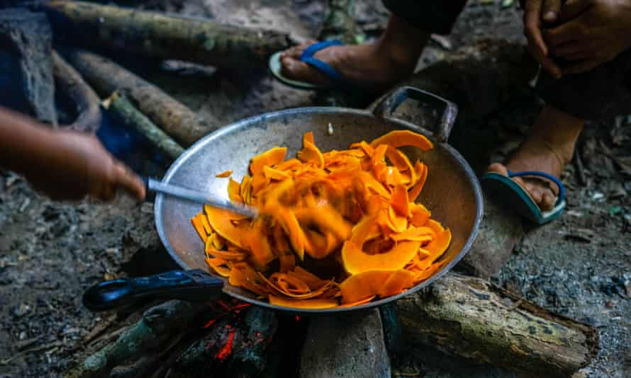 Cooking at a campsite on the trek.