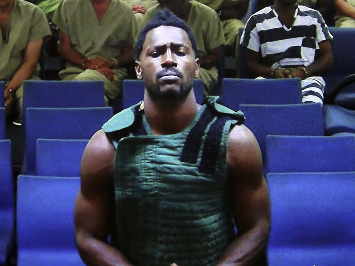 Antonio Brown in court after turning himself in on counts of Battery, Burglary and Criminal Mischief. Credit: theguardian.com