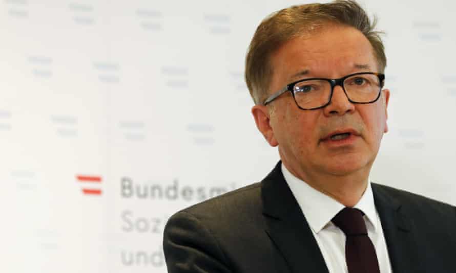 Rudolf Anschober announces his resignation in Vienna