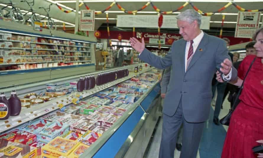 Future Russian president Boris Yeltsin visits a Houston supermarket in 1989.