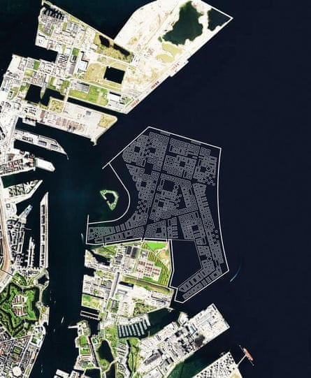 The original plans for Lynetteholm's position in Copenhagen harbour. A bigger island, further from the Trekroner Fort was announced in August 2019.