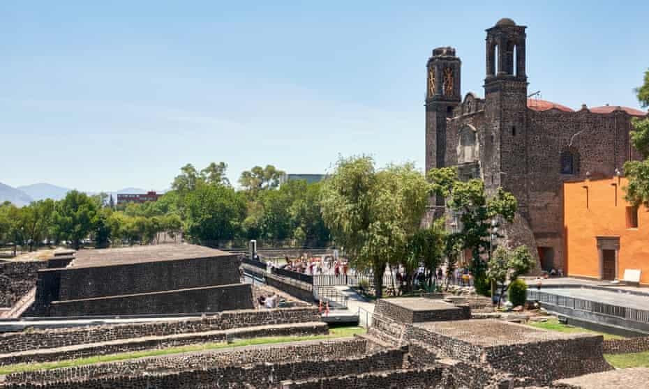 Plaza de las Tres Culturas, Mexico City