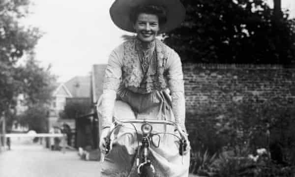 Katharine Hepburn cycles to Worton Hall Studios, Isleworth, in 1951 for work on the film The African Queen.