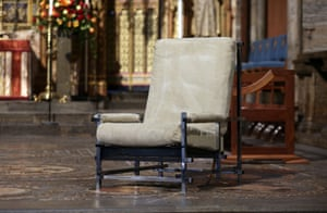 London, England: Ronnie Corbett's famous chair, which he used for monologues on The Two Ronnies, is placed on the high altar at Westminister Abbey before a service of thanksgiving for his life and work