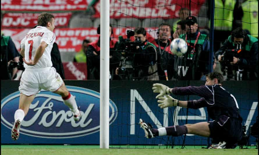 Liverpool's keeper Jerzy Dudek denies Andriy Shevchenko in the dying moments of extra-time.