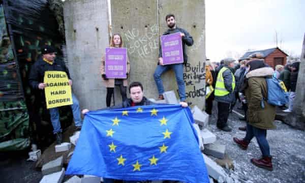 Anti-Brexit campaigners in Ireland.