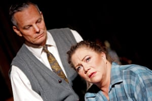 Bill Irwin (George) and Kathleen Turner (Martha) in Who's Afraid of Virginia Woolf? at the Apollo, London, in 2006.