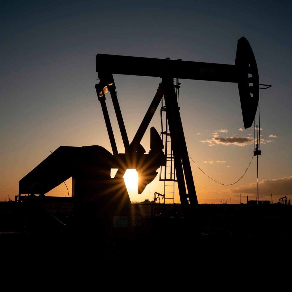 Struggling oil companies are taking advantage of US coronavirus ...