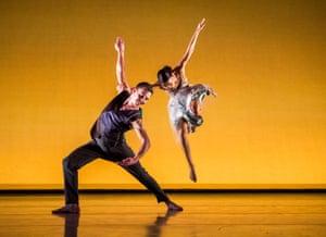 Carmine De Amicis and Ellen Yilma in Brahms Hungarian by Richard Alston Dance Company.