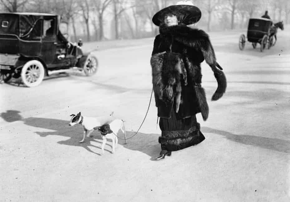 Anna la Pradvina, Bois de Boulogne, 1911 by Lartigue