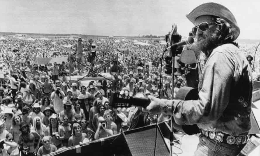 Willie Nelson opening the July 4th Picnic music festival in 1974.