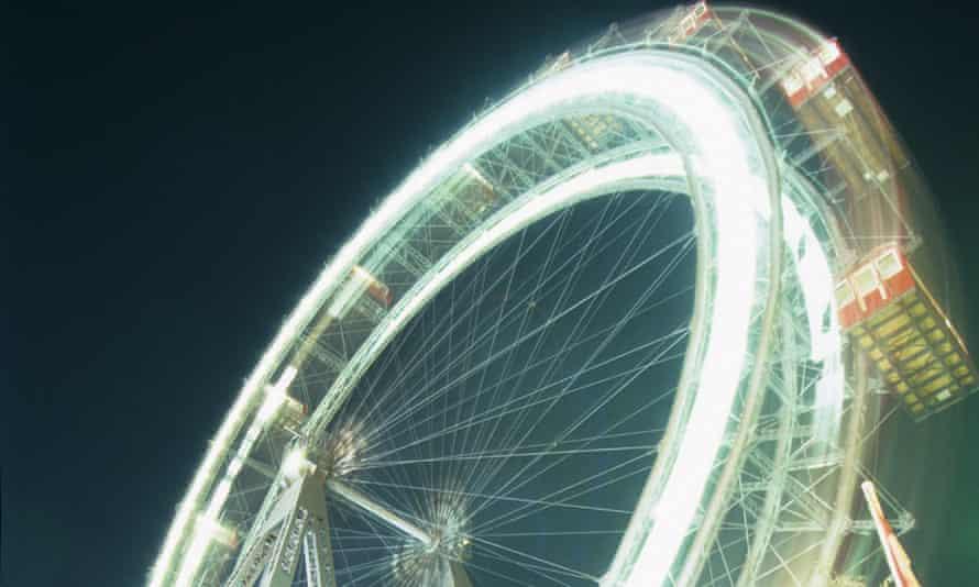Vienna's ferris wheel at night.