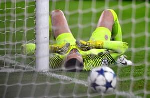 Danijel Subasic reacts to that Alves goal.