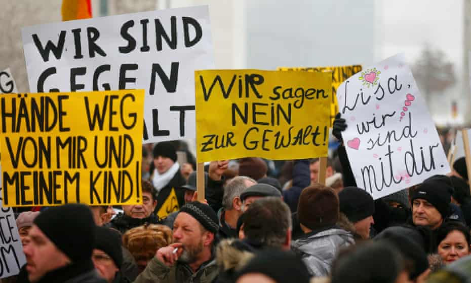 German-Russians protest in Berlin against alleged sexual harassment by migrants