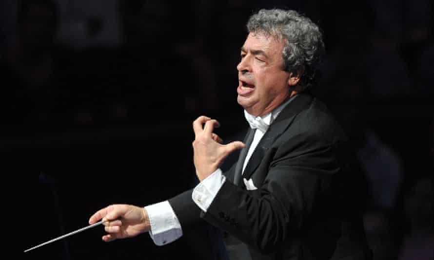 Urgent conducting … Semyon Bychkov.