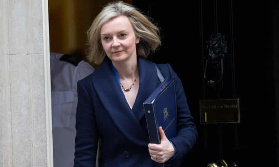 Liz Truss outside No 10