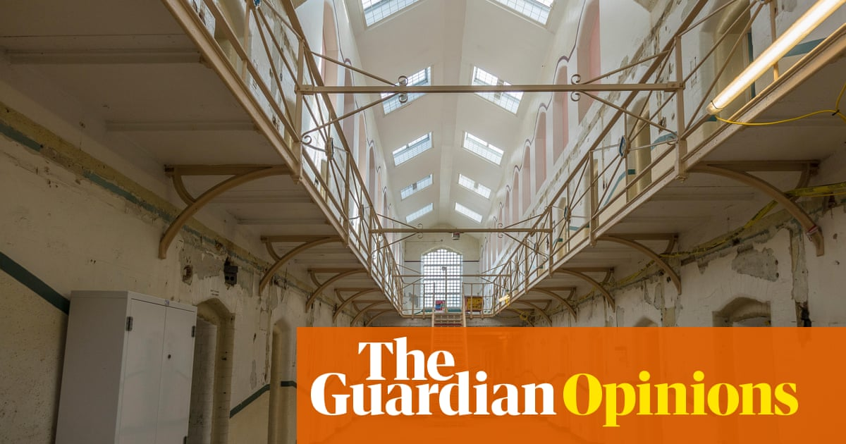 The Guardian view on failing jails: an inspector's call | Editorial