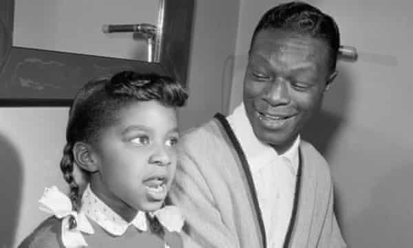 Nat King Cole and Natalie singing together in 1956