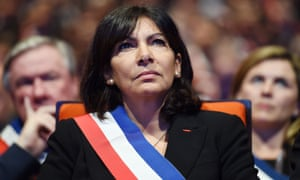 Paris mayor Anne Hidalgo attends a meeting of French mayors in Paris on November 18, 2015.