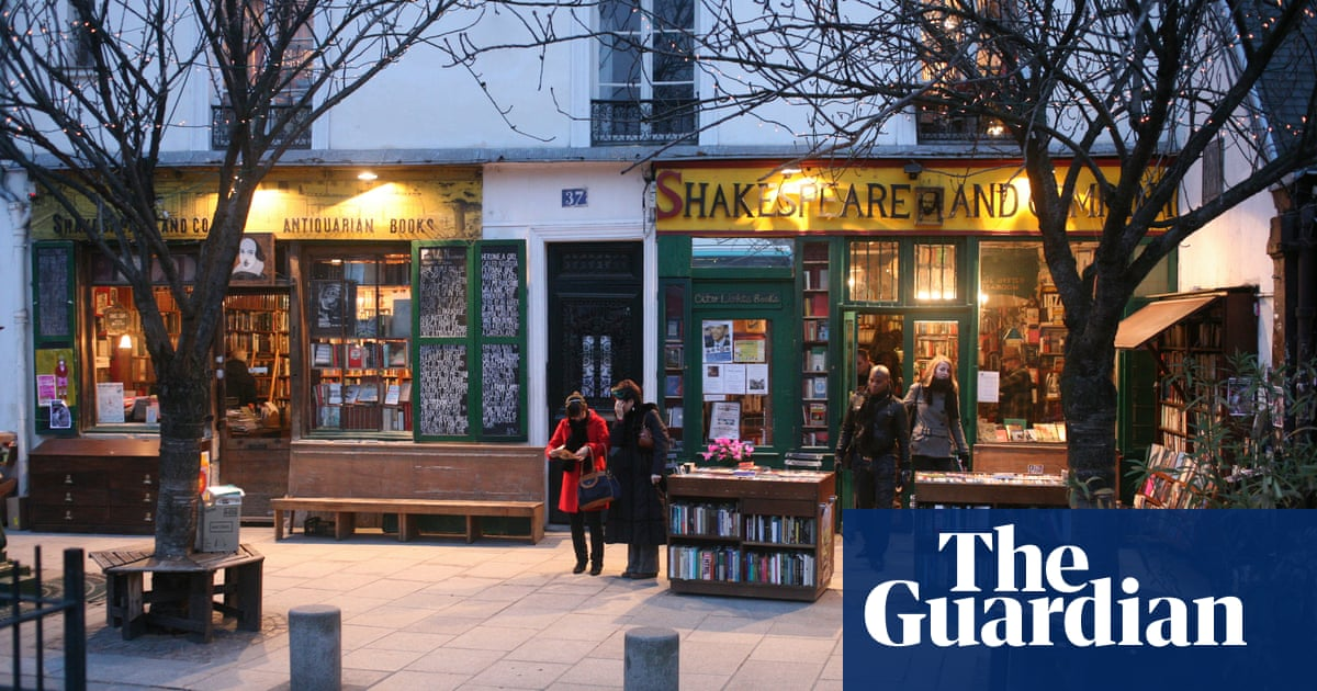 Legendary Paris bookshop Shakespeare and Company begs for help in pandemic