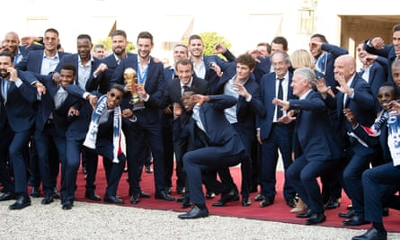 Emmanuel Macron with the French football team