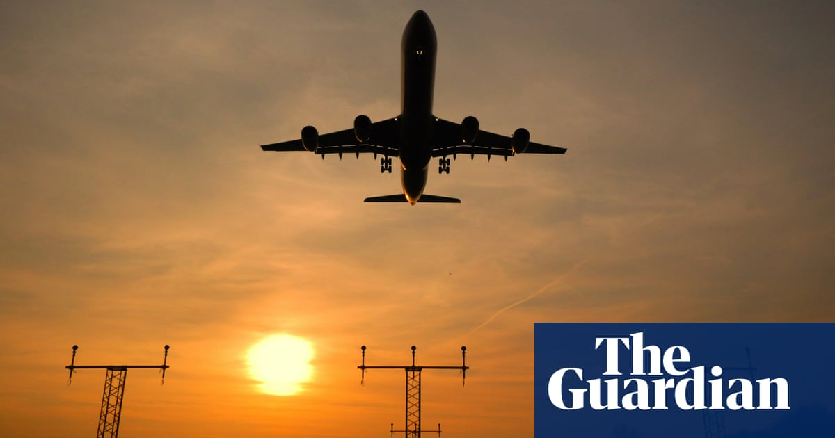 TUC and Heathrow call on Sunak for 'survival support' for UK aviation