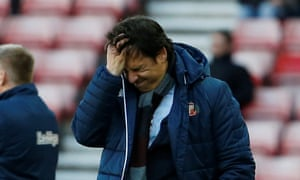 Chris Coleman cannot believe what he is seeing during Sunderland's 2-0 defeat by Brentford in February