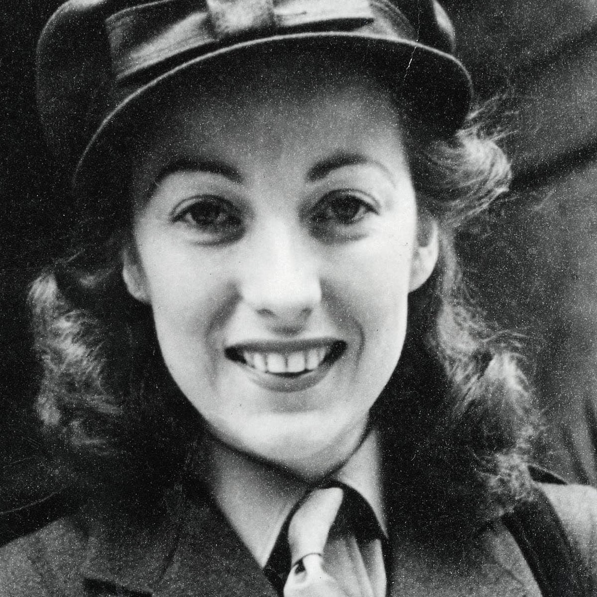 Dame Vera Lynn obituary | Music | The Guardian