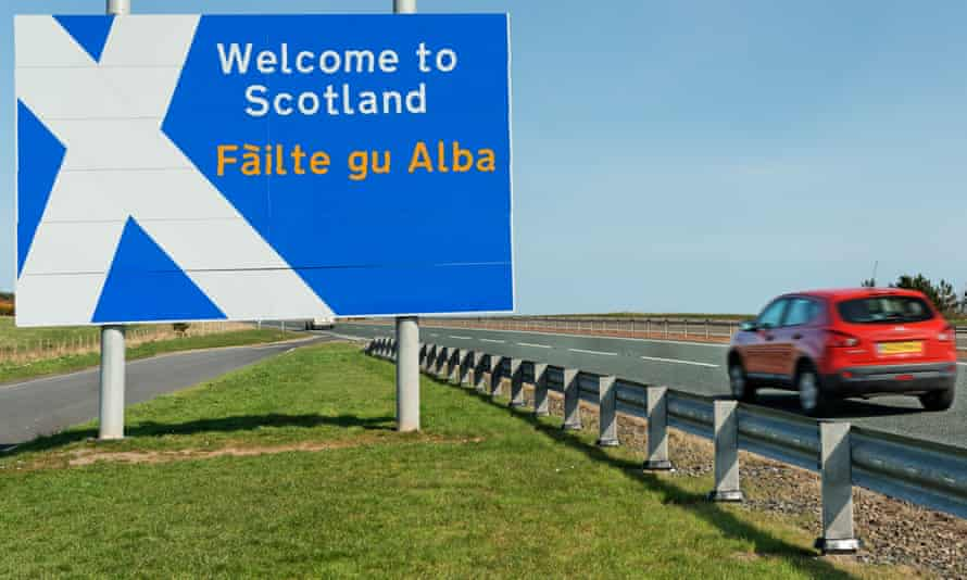 A border sign, including Gaelic, on the A1 north of Berwick on Tweed.