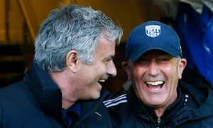 Tony Pulis, right, held his hands up to his error on the same weekend José Mourinho managed to obscure analysis of Chelsea's poor display by honing in on his medical staff.