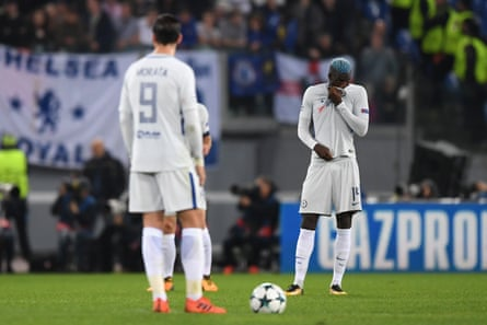 Antonio Conte is thought to have conducted an angry debrief with his players at Cobham after their 3-0 defeat to Roma in the Champions League.