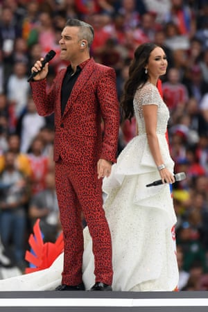 Robbie Williams and Russian soprano Aida Garifullina during the World Cup opening ceremony