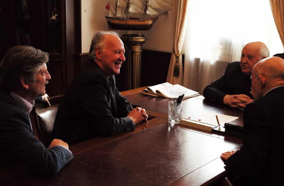 Andre Singer, Werner Herzog and Mikhail Gorbachev in Meeting Gorbachev