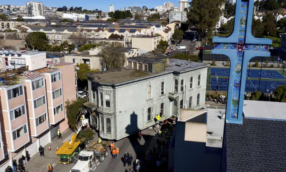 The house makes its way through the streets of San Francisco