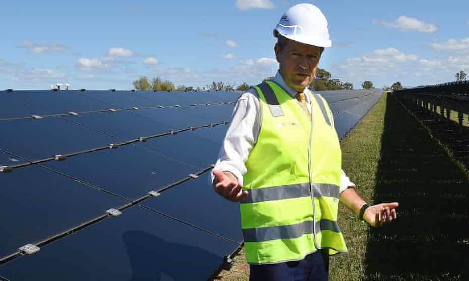 Labor leader Bill Shorten at the University of Queensland Solar Research Facility at Gatton.
