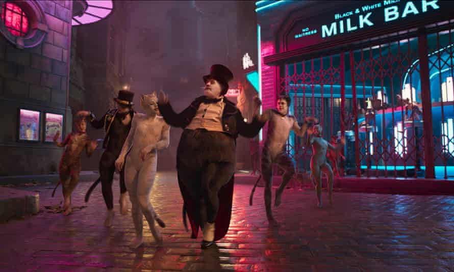 a still from the official trailer for Cats.