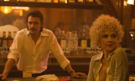 Maggie Gyllenhaal with James Franco in The Deuce