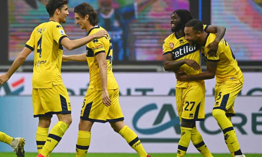 Gervinho (second right) celebrates after giving Parma the lead at Inter.
