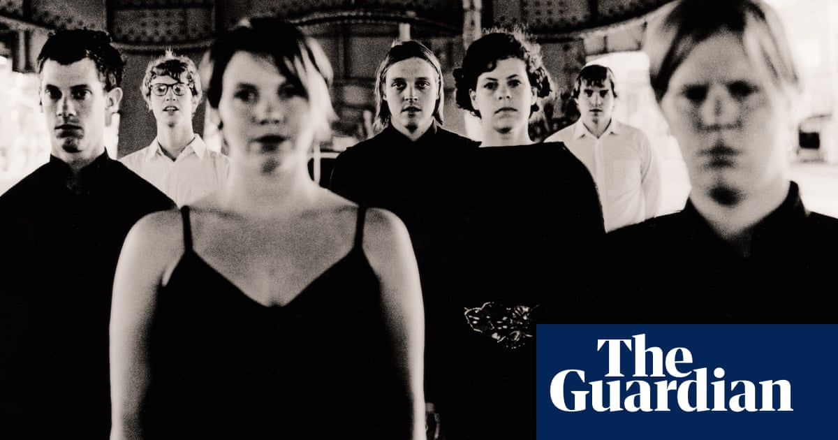Anton Corbijns unseen portraits of Arcade Fire – in pictures