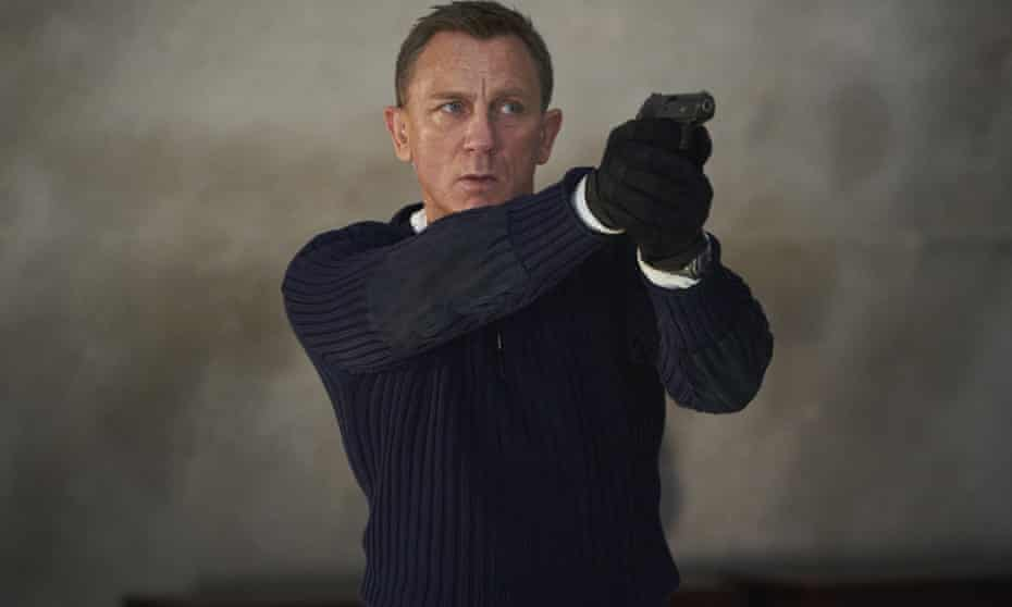 Daniel Craig in a scene from No Time To Die